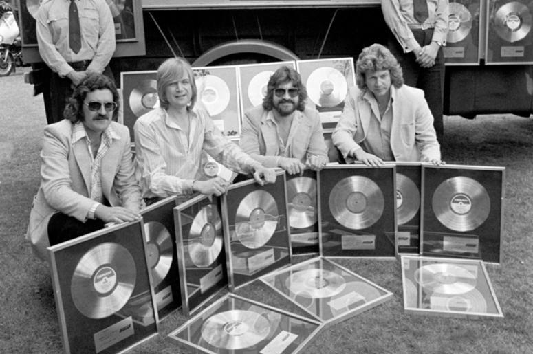 (from the left) Ray Thomas, Justin Hayward, Graeme Edge and John Lodge