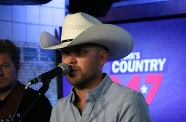 Justin Moore at NY's Country 94.7