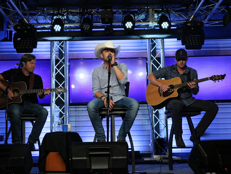 Justin Moore performs at NY Country 94.7
