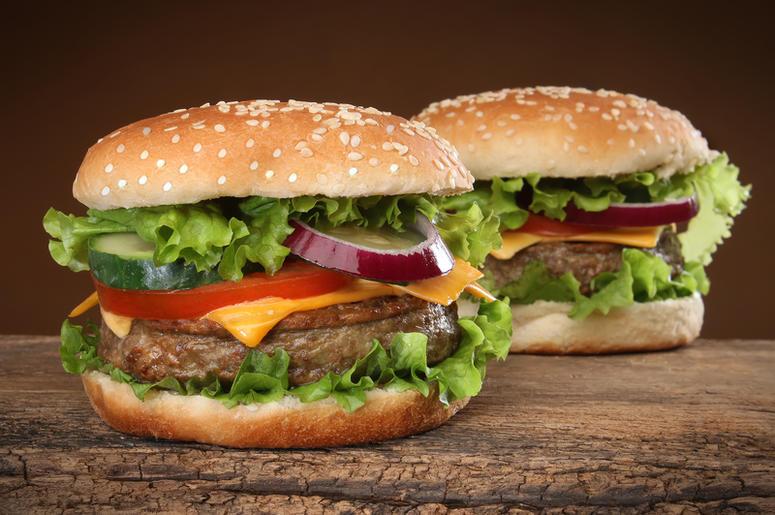vegan, beefless, plant based, Burger King Whopper   1059 SUNNY FM