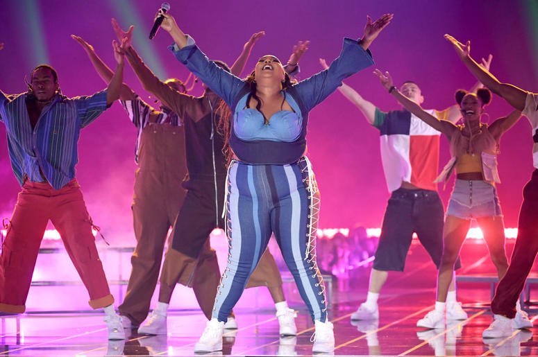Lizzo Performed at the MTV Movie & TV Awards and Obviously Killed It.jpg