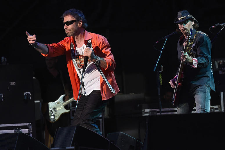WEST PALM BEACH, FL - MAY 29: Paul Rodgers of Bad Company performs during Joe Walsh & Bad Company One Hell Of A Night Tour - at Perfect Vodka Amphitheatre on May 29, 2016 in West Palm Beach, Florida.