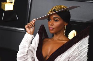 15c033635bbab Grammys Fashion Include Sparkles