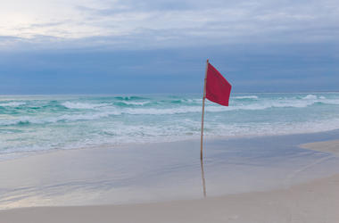 Red Flag Warning At Beach