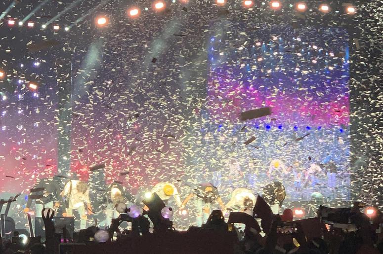 BTS World Tour Review Rose Bowl | WOMX