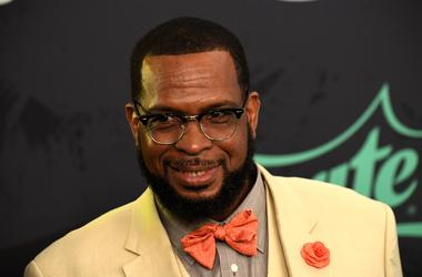 Uncle Luke calls out Jay-Z for Super Bowl halftime performers.