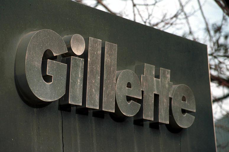 Razor brand Gillette faces backlash after posting a puls-size model.