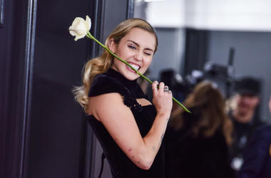 Miley Cyrus arrives at the 60th Annual GRAMMY Awards