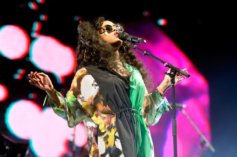 INDIO, CA - APRIL 14: H.E.R. performs at the Outdoor Theatre during the 2019 Coachella Valley Music And Arts Festival on April 14, 2019 in Indio, California. (Photo by Frazer Harrison/Getty Images for Coachella)