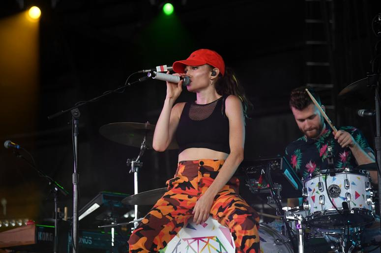 June 29, 2018; West Palm Beach, FL, USA; Mandy Lee of MisterWives performs at Coral Sky Amphitheater. Mandatory Credit: Ron Elkman/USA TODAY NETWORK