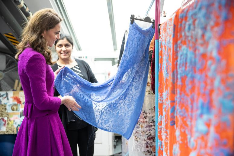 1/16/2019 - The Duchess of Cambridge in the Dye Department with Parveen Banga, Head of Dye Department. during her visit to the Royal Opera House in London. (Photo by PA Images/Sipa USA) *** US Rights Only ***