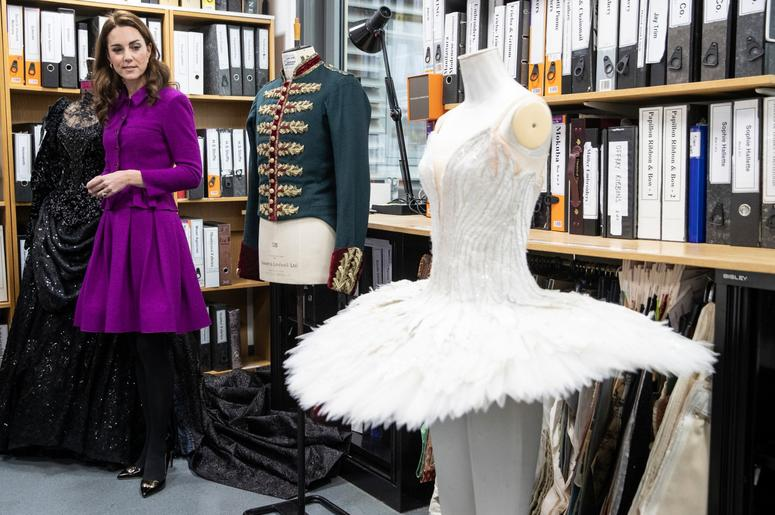 1/16/2019 - The Duchess of Cambridge in the Pattern Room with Fay Fullerton, Head of Costume during her visit to the Royal Opera House in London. (Photo by PA Images/Sipa USA) *** US Rights Only ***
