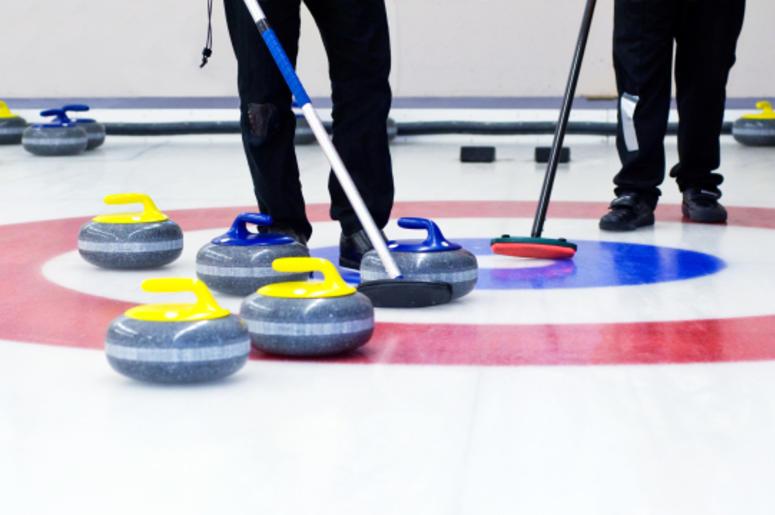 curling-dreamstime_l_12954064.jpg