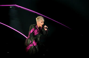 Singer Pink performs live on stage at Forsyth Barr Stadium on September 1, 2018
