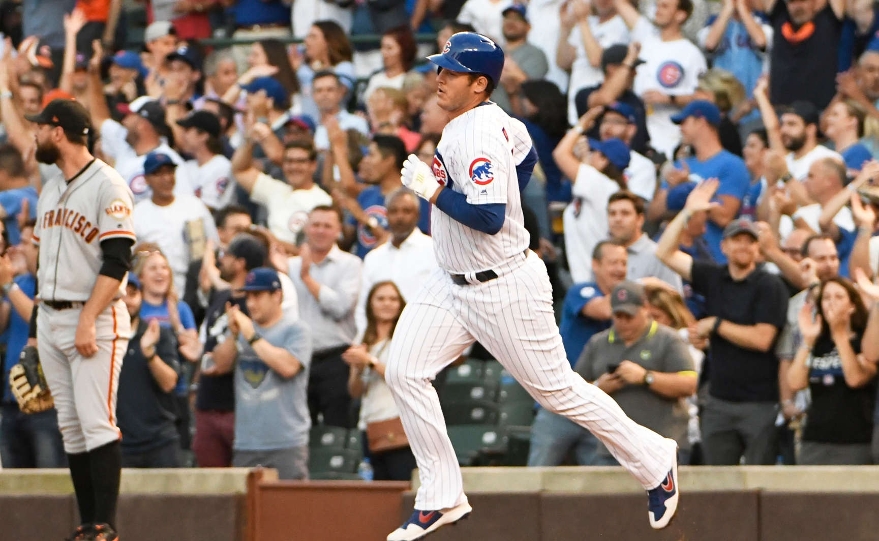 Cubs' Anthony Rizzo Rediscovers Power Stroke