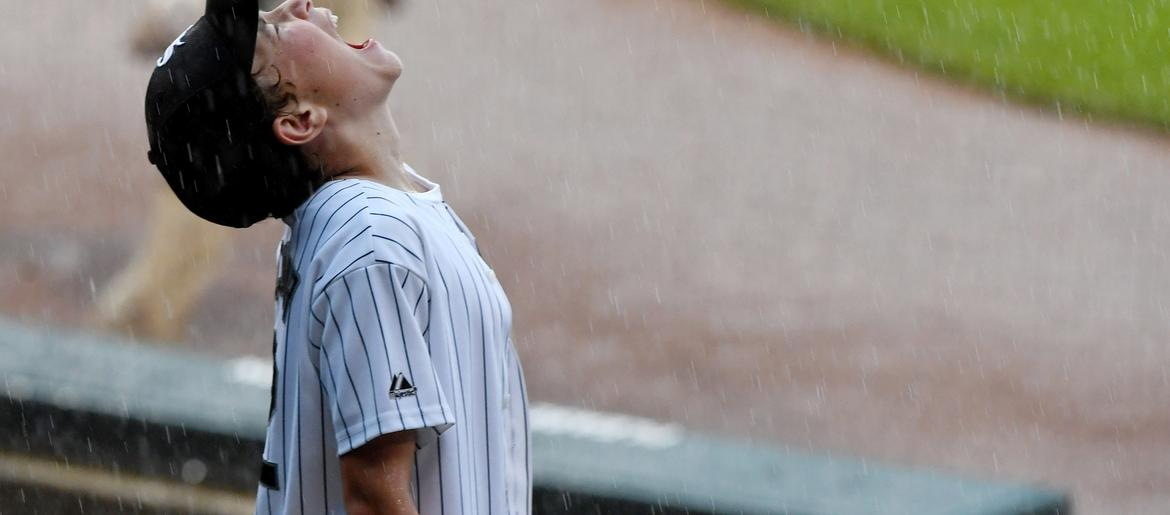 why is astros game delayed today