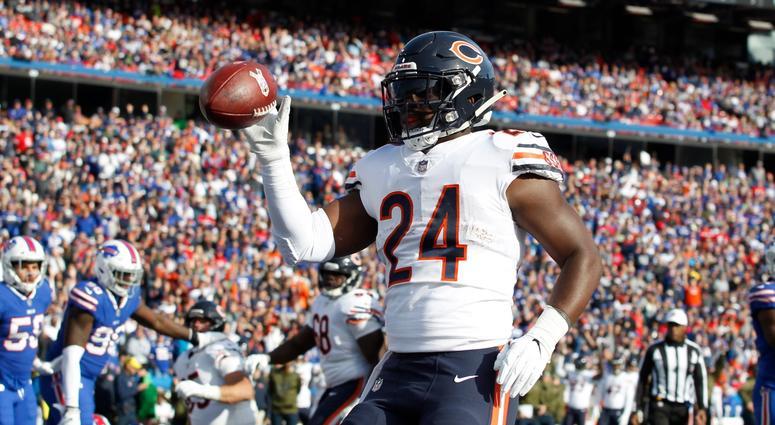 Bears running back Jordan Howard celebrates a touchdown.