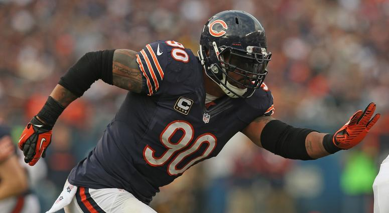 Julius Peppers with the Bears in 2012