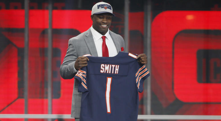 best cheap a9922 9da21 Bears, Roquan Smith Remain All Business Amid Impasse | 670 ...