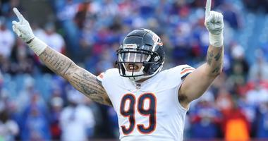 Bears linebacker Aaron Lynch celebrates a sack.