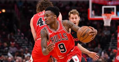 Bulls guard Antonio Blakeney (9) drives to the hoop against the Blazers.