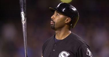 Harold Baines with the White Sox in 2001.