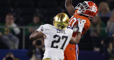 Notre Dame cornerback Julian Love