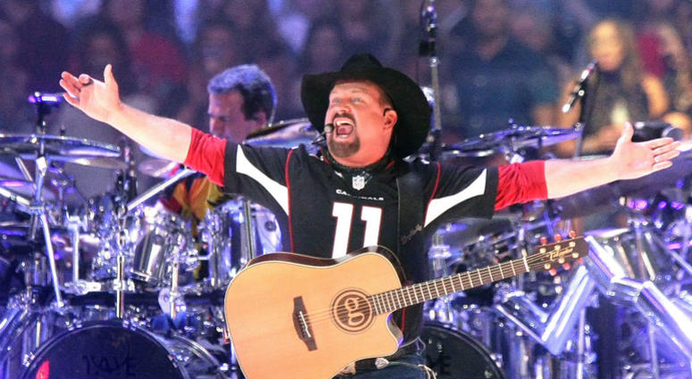 Garth Brooks is coming to Ben Hill Griffin Stadium April 20th.