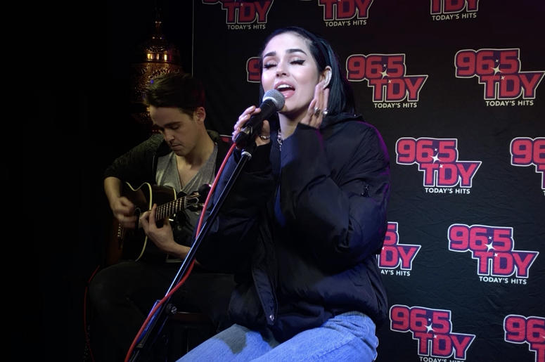 """Maggie Lindemann Performs """"Pretty Girl"""" & Unreleased """"Friends Go,"""" Interviews with LA about Touring, Sabrina Carpenter, Khalid, Shoes and more LAOnAir, Exclusive, Interview, Performance, Pretty Girl, Human, Would I"""