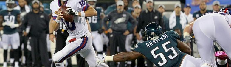 Wentz throws 3 TD passes, Eagles look Super vs. Giants
