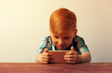 Kid and iPhone