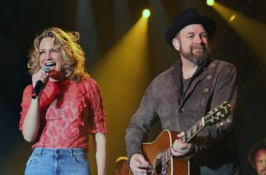 07 February 2018 - Nashville, Tennessee - Jennifer Nettles, Kristian Bush, Sugarland. CRS 2018 Day 3 Big Machine Label Group Performance held at the Omni Hotel.