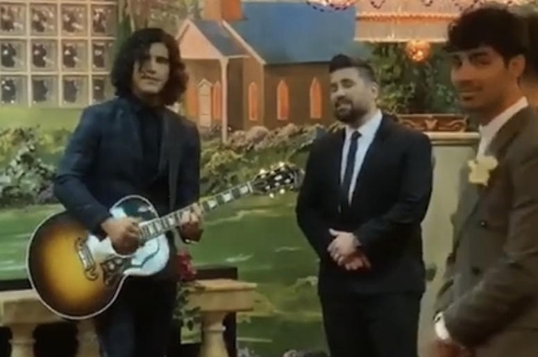 Dan + Shay perform during Joe Jonas & Sophie Turner's wedding