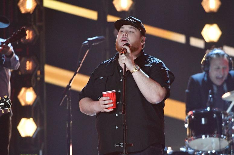 Luke Combs // 2019 ACM Awards