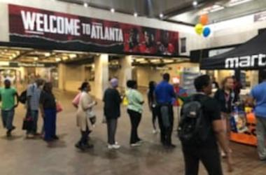 V103 joins the effort for National Voter Registration Day at 5 Points MARTA station