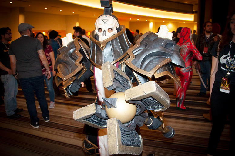 A Dragon Con attendee