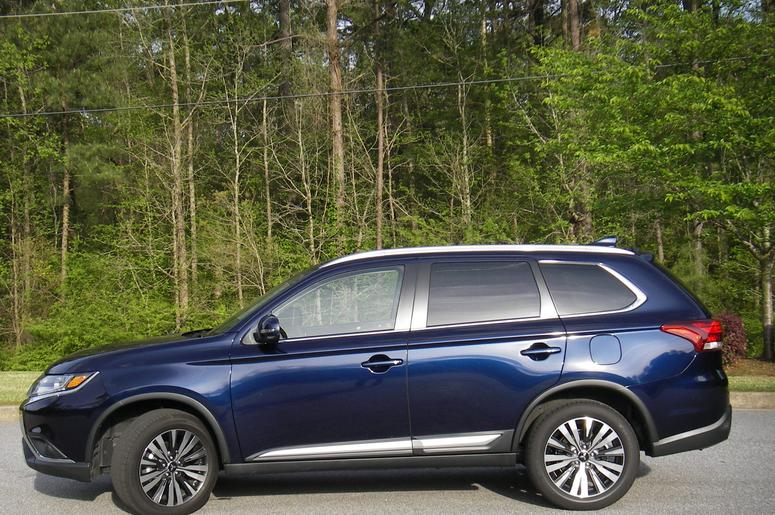 AutoNSider Review | 2019 Mitsubishi Outlander | THE PEOPLE'S