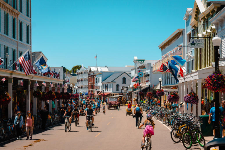 Is Mackinac Island The Best Historic Small Town In America? | WWJ