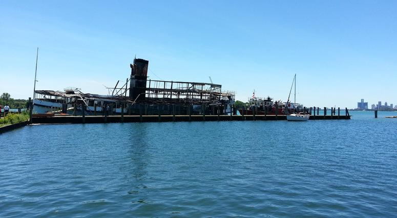 Boblo Boat burned