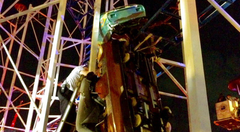 Daytona Beach roller coaster derailment