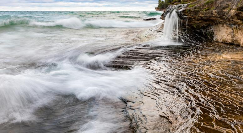 Pictured Rocks Cliff Suddenly Falls, Nearly Striking