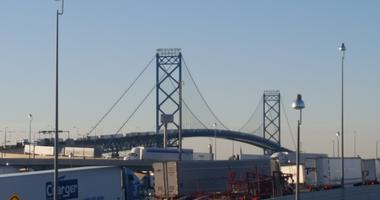 ambassador bridge traffic