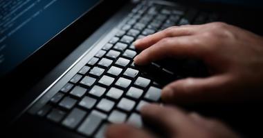laptop computer hacker