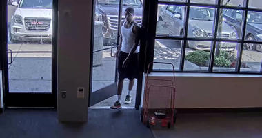 shoe store robber