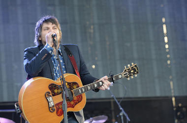MANCHESTER, TN - JUNE 14: Musician Jeff Tweedy of Wilco performs onstage during day 2 of the 2013 Bonnaroo Music & Arts Festival on June 14, 2013 in Manchester, Tennessee. (Photo by Jason Merritt/Getty Images)