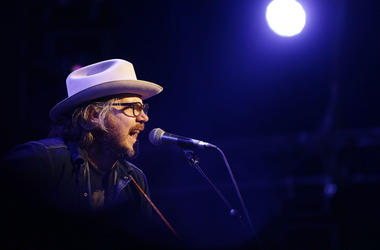 BYRON BAY, AUSTRALIA - MARCH 24: Jeff Tweedy of Tweedy performs live for fans at the 2016 Byron Bay Bluesfest on March 24, 2016 in Byron Bay, Australia. (Photo by Mark Metcalfe/Getty Images)
