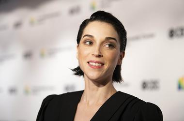 Dec 2, 2018; Washington, DC, USA; Anne Erin Clark, known as singer St. Vincent, attended the 2018 Kennedy Center Honors to honor awardee composer and pianist Philip Glass. Mandatory Credit: Hannah Gaber-USA TODAY