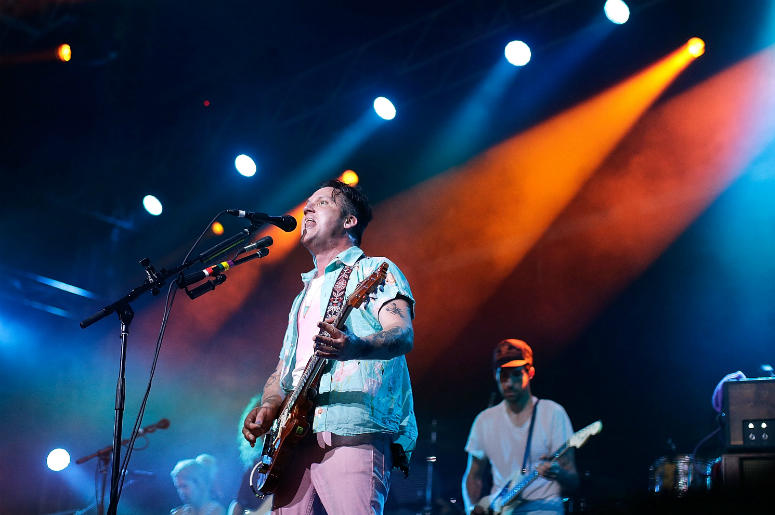 Isaac Brock of Modest Mouse performs live for fans at the 2016 Byron Bay Bluesfest