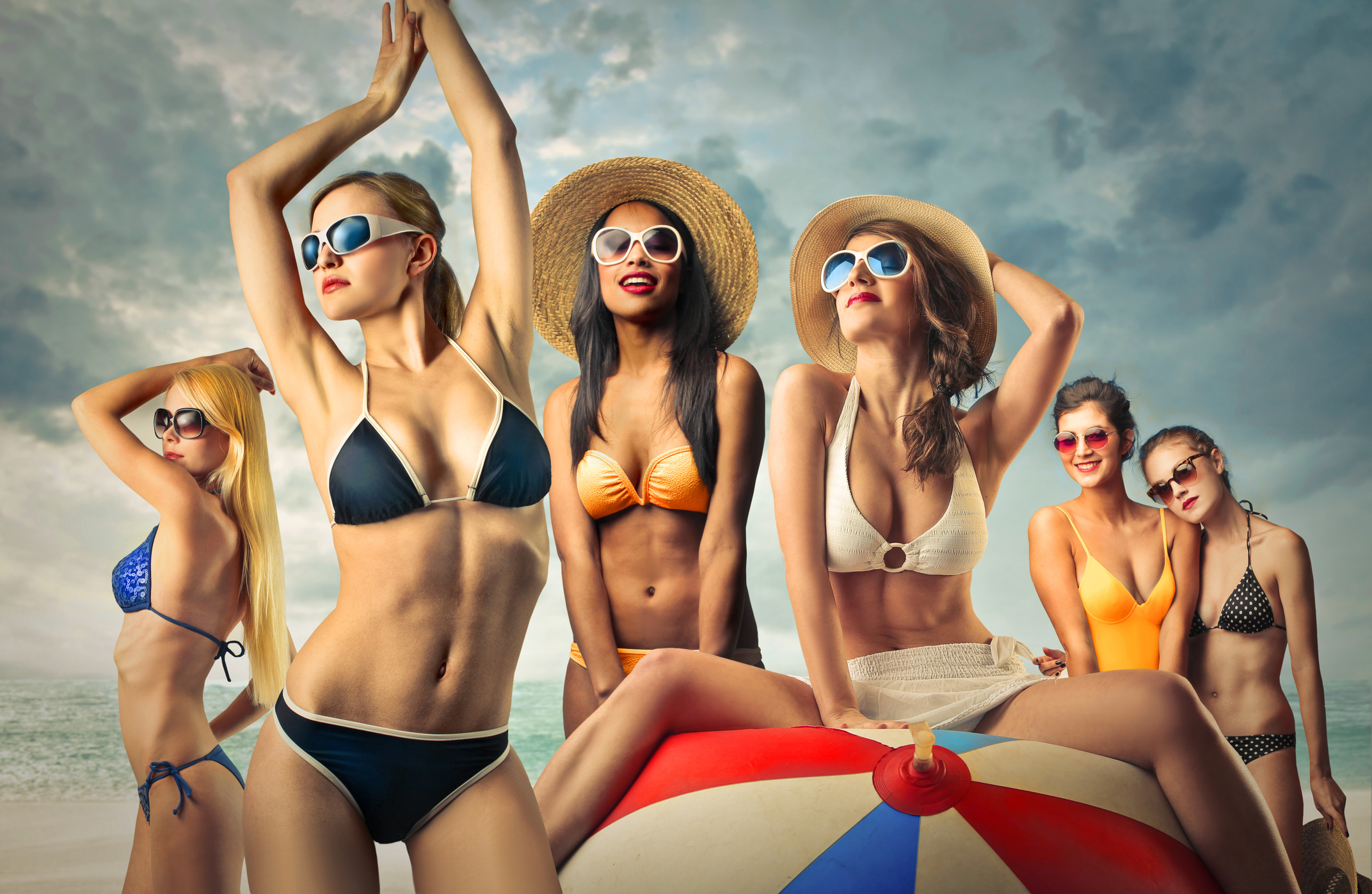 6a819e31e4462 The Underboob Bikini Is This Summer's Hottest Trend [PHOTOS] | 97.1 The  Ticket