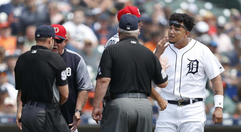 Cabrera Defends His Leadership After Jack Morris Comments